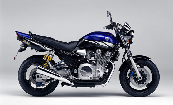 1999-2003 Yamaha XJR1300 Service Manual
